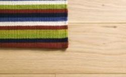 Układanie paneli podłogowych: jaki przygotować podkład pod panele podłogowe