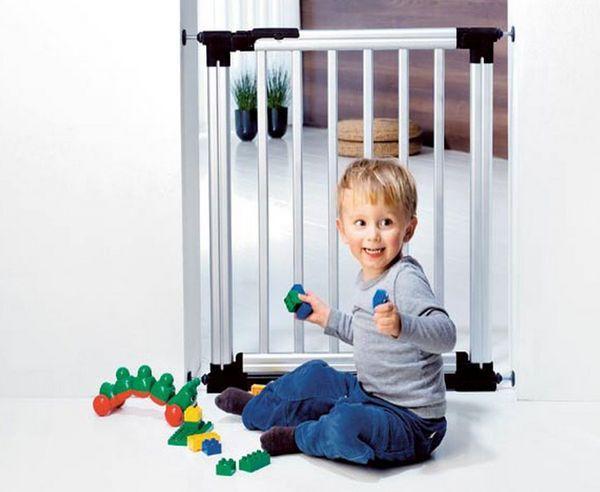 Barierki ochronne w domu dla naszego dziecka