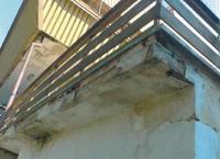 Uszkodzenia konstrukcji balkonów