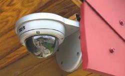 Jakie funkcje systemu alarmowego najlepiej ochronią Twój dom przed włamaniem?