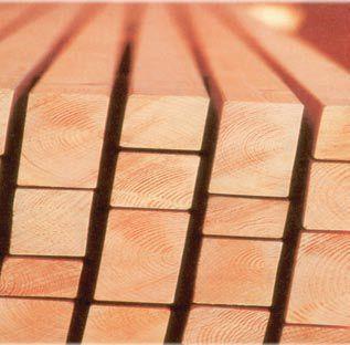 Najlepszy materiał na więźbę dachową: drewno cztreostronnie strugane