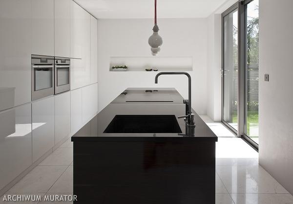 Galerie zdjęć  Biało czarna kuchnia  zdjęcia, aranżacje   -> Kuchnia Bialo Czarna Brazowa